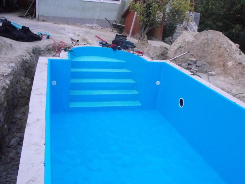 Piscine interrate vetroresina prezzi liner pool su misura for Teli per piscine interrate